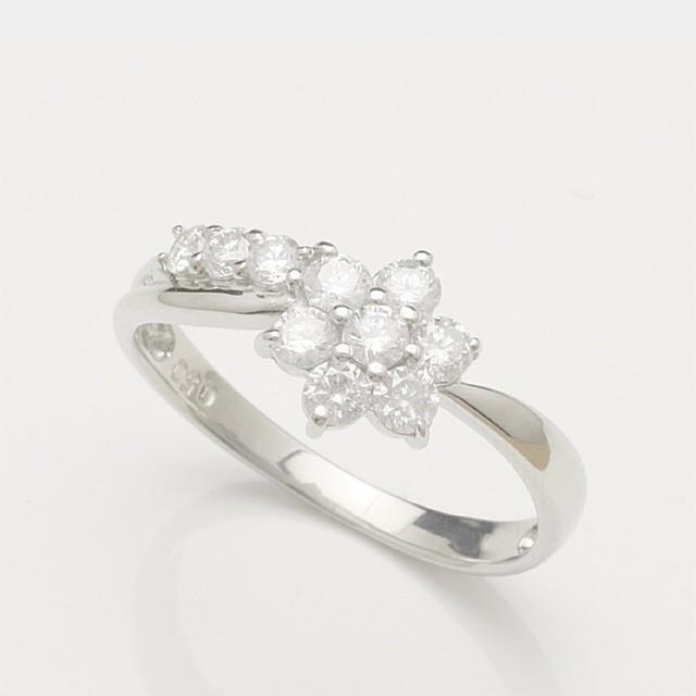 ★アニバーサリー テン ダイヤモンドリング(指輪) ホワイトゴールド