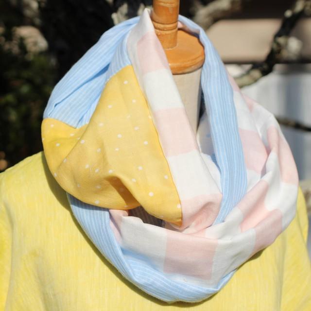 <送料無料> Wガーゼのふわふわスヌード ピンクストライプ・黄色ドット