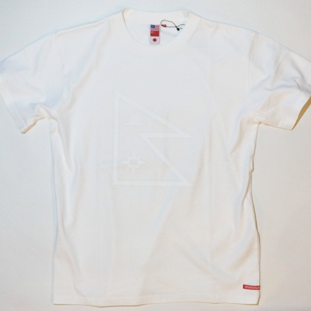 UUU. -Nepal Flag T-Shirt(WHITE)