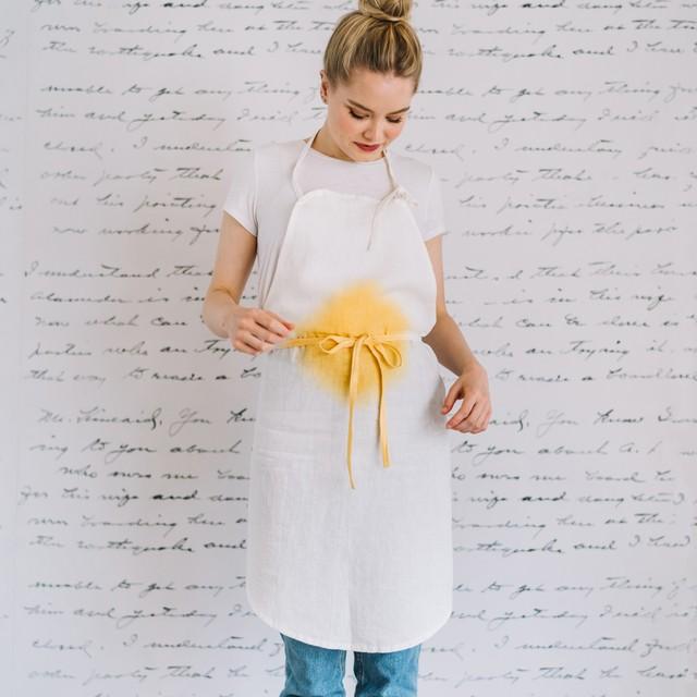 Egg apron|卵 エプロン
