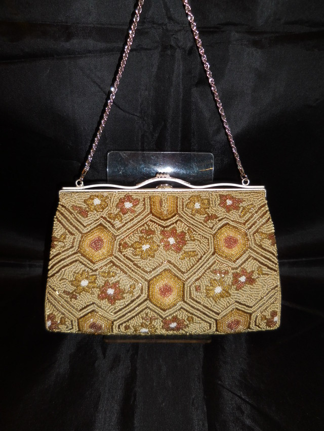 ベージュビーズビィンテージバック beige color bead vintage bag (made in Japan)(No46)