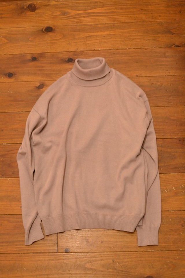 crepuscule / turtle-neck