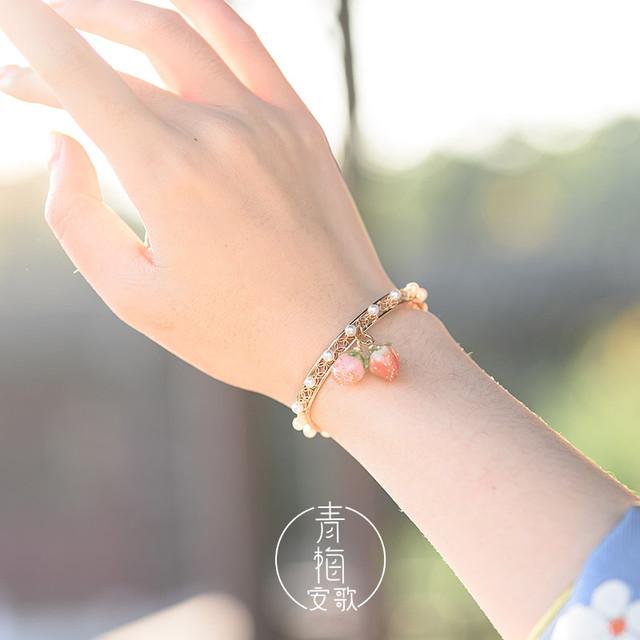【青梅安歌シリーズ】★チャイナ風腕輪★ ブレスレット お祭り 花火大会 プレゼント いちご 苺 可愛い