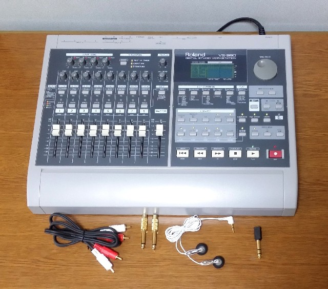 DIGITAL RECORDDING SUTDIO BOSS BR-8 録音・編集良好・完動品