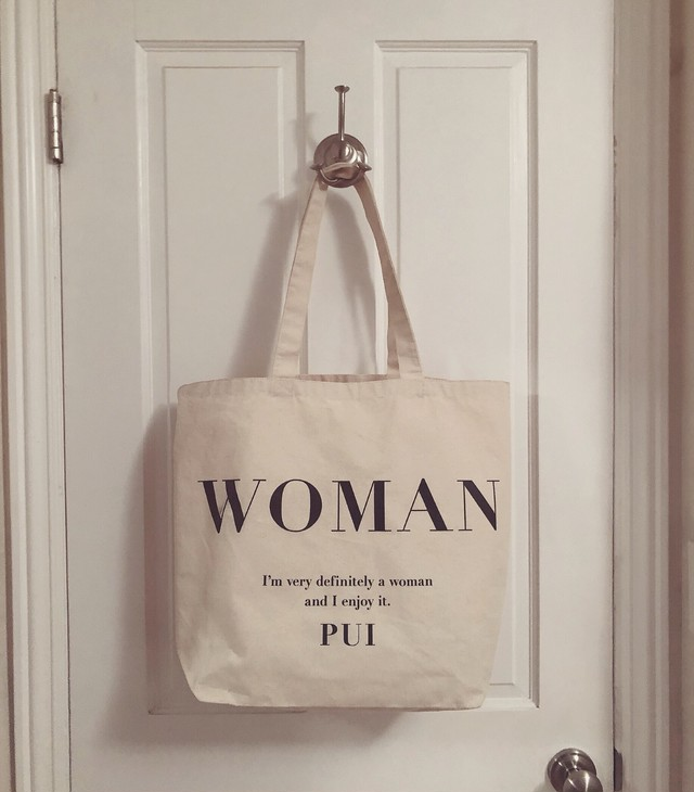Pui woman tote bag