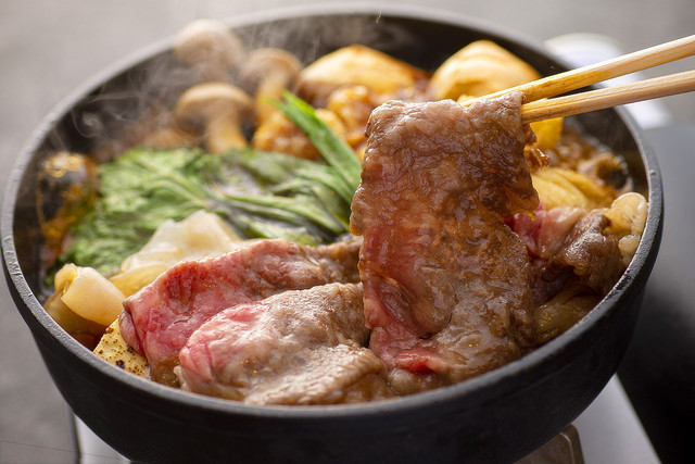 【単品】大和牛すき焼きロース500g 奈良の恵みの割り下付き
