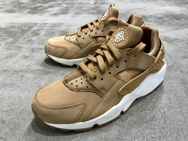 NIKE AIR HUARACHE (FLAX/SAIL-GUM MED BROWN)