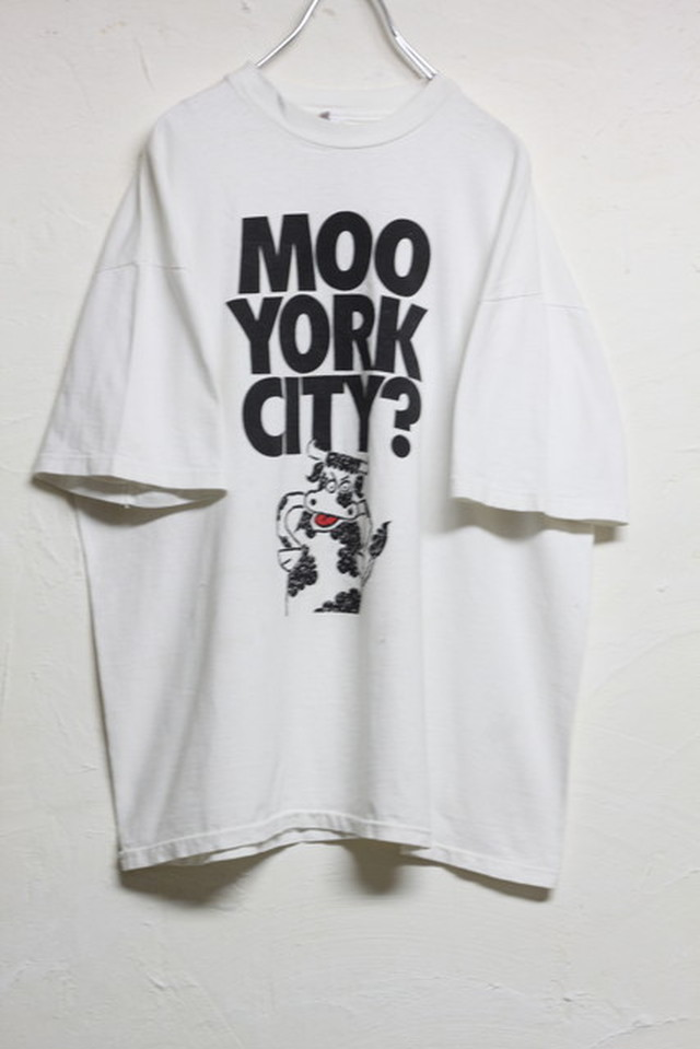 MOO YORK CITY? TEE