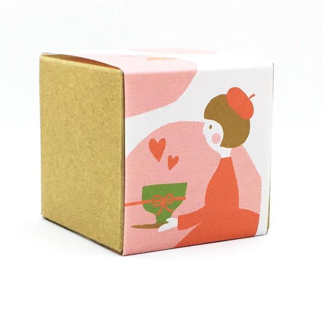 お茶と気持ちを贈る女の子|バレンタイン|箱茶