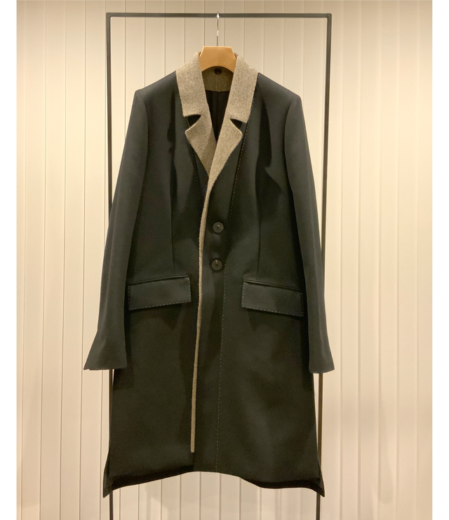 Knitted Lapel Chester Coat / Black x Greige