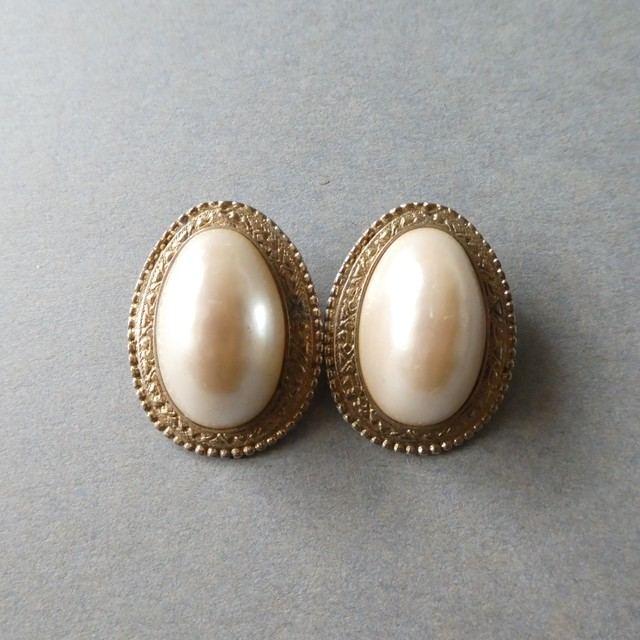 60s vintage earring
