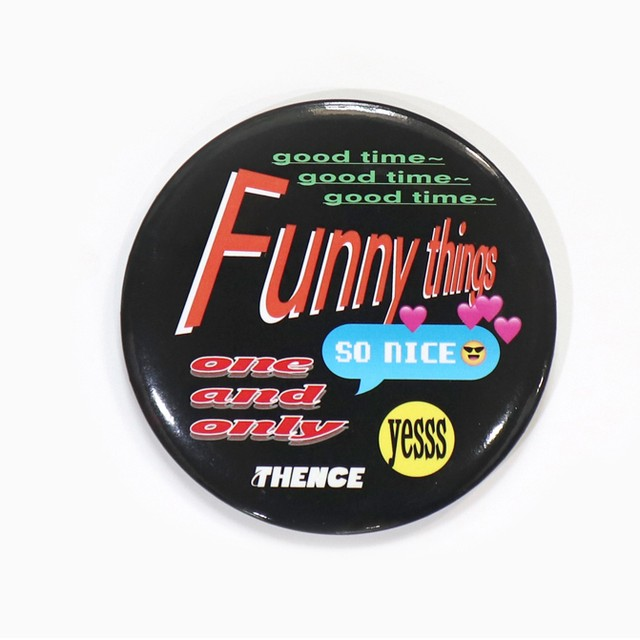 [A-83]「FUNNY TIME」ビッグ 缶バッジ