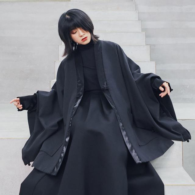 【大青龍肆シリーズ】★チャイナ風コート★ アウター ゆったり 中華服 フリーサイズ ブラック 黒い 男女兼用