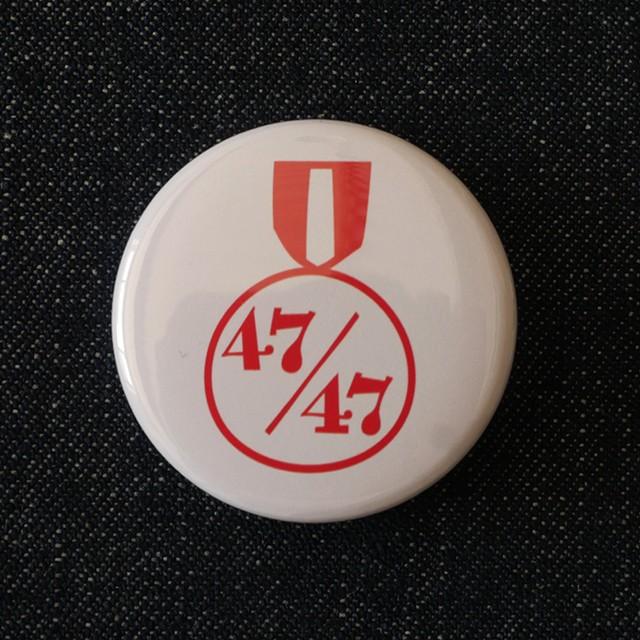 缶バッジ 38mm 47/47 ホワイト
