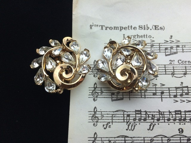 TRIFARI トリファリ Vintage Earrings GD001