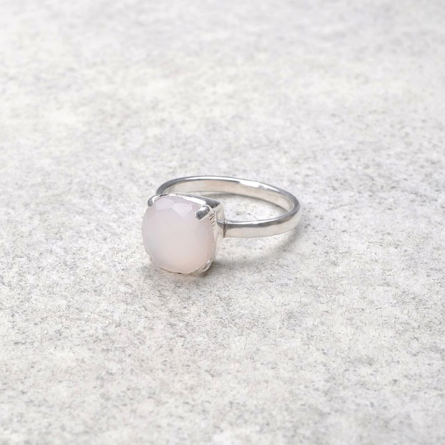 SINGLE STONE NON-ADJUSTABLE RING 099