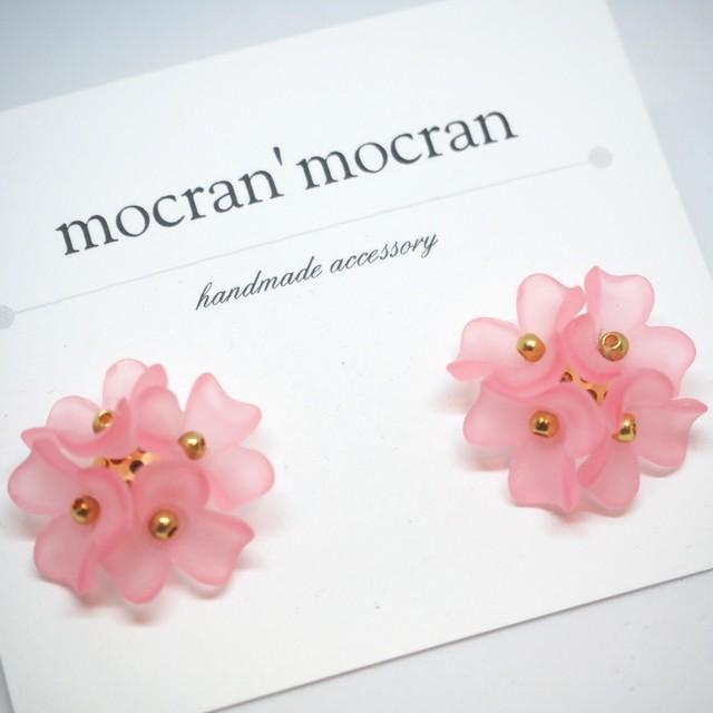 【mocran'mocran】カラフルフラワーピアス/イヤリング ピンク