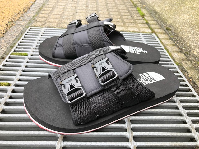 THE NORTH FACE EQBC SLIDE (TNF BLACK/FIERY RED)