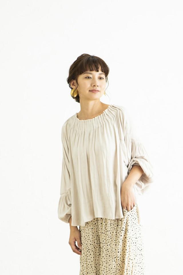 【Shirred design blouse】#シャーリングデザインブラウス<OFF>