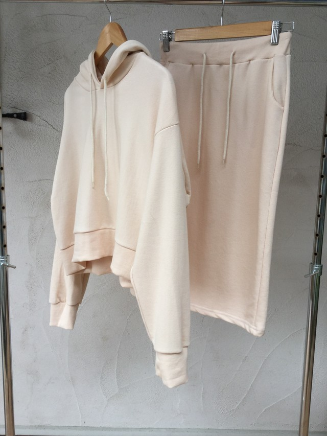 Hoodie & Skirt Sweat Set-up《IVR》19383097