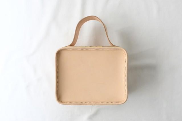 【LIMITED】Nume Leather Mini Book Bag -Earth Leather-