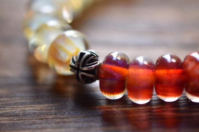 ボロビーズブレスレット 10mm『Royal Jelly』