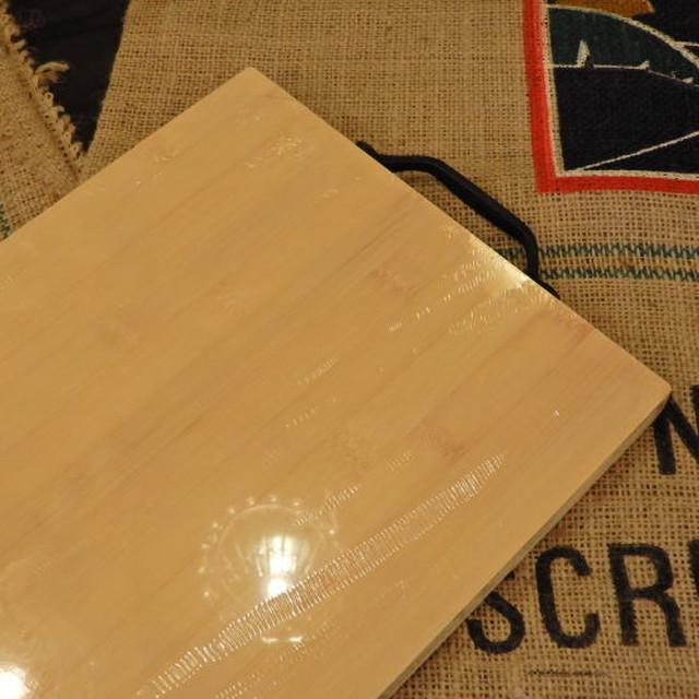 竹のカッティングボード