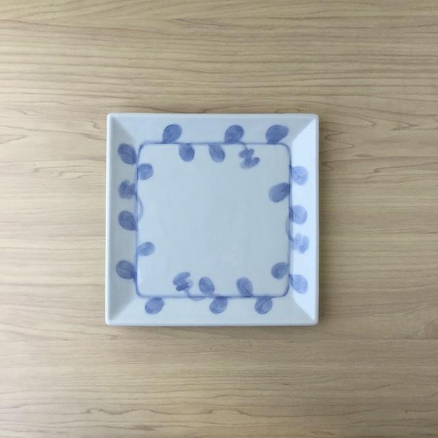 【吉田焼】染付つた彫 正角皿【在庫限り】