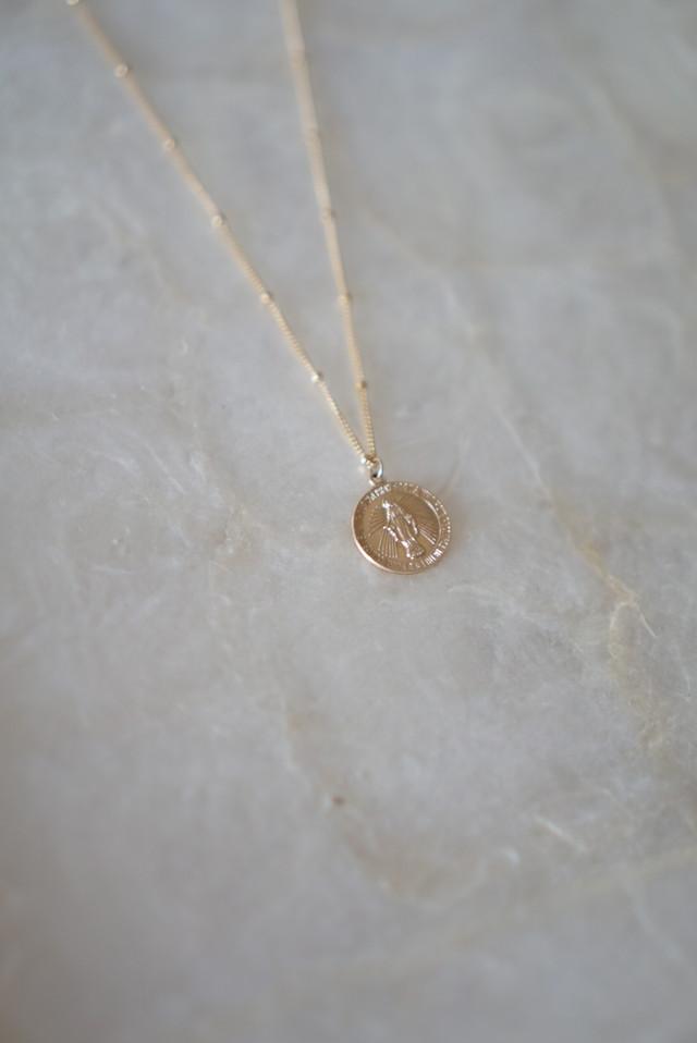 Medai necklace
