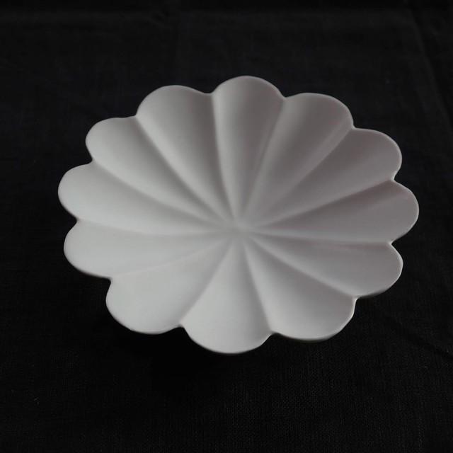 輪花十二弁浅鉢