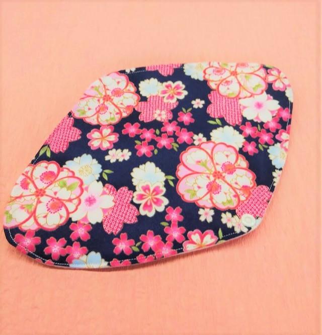 マリンフローリッシュオリジナル布ナプキン♡Mサイズ 桜 ネイビー