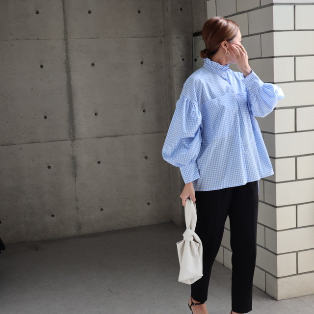再入荷 frill stand collar blouse