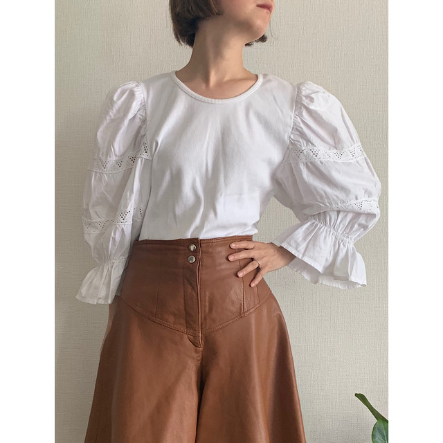 Vintage puffy sleeves Austrian blouse