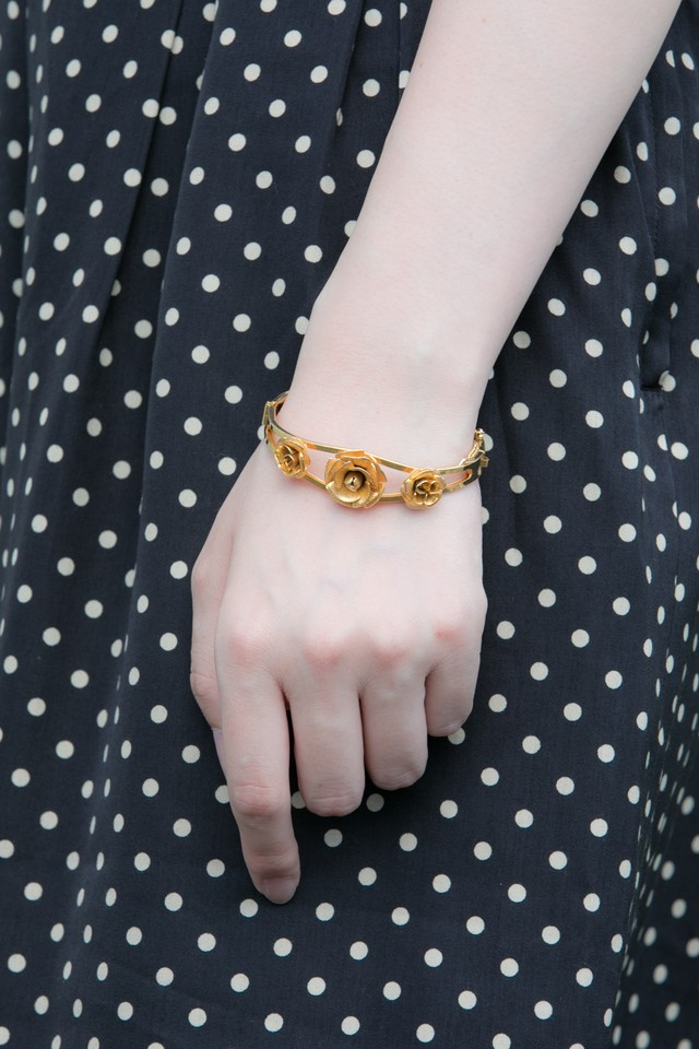 【Run Rabbit Run Vintage 】Gold rose bangle