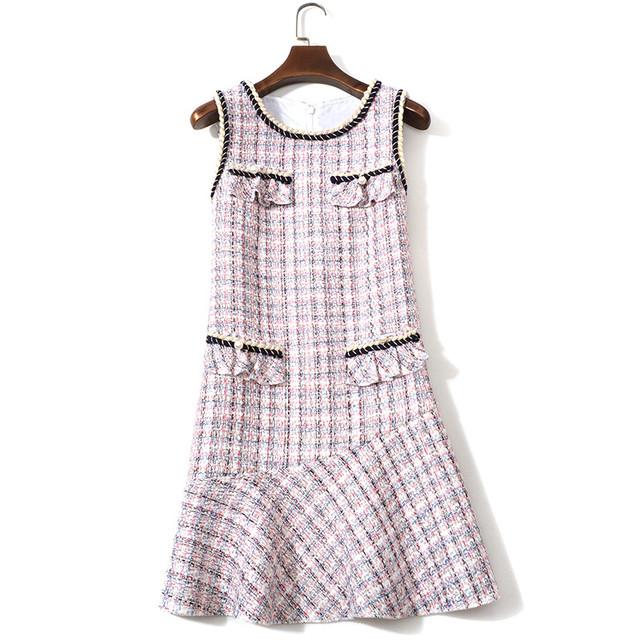 ピンクツイード裾フレアワンピース