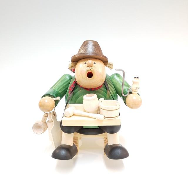 煙出し人形 『日用品売り』
