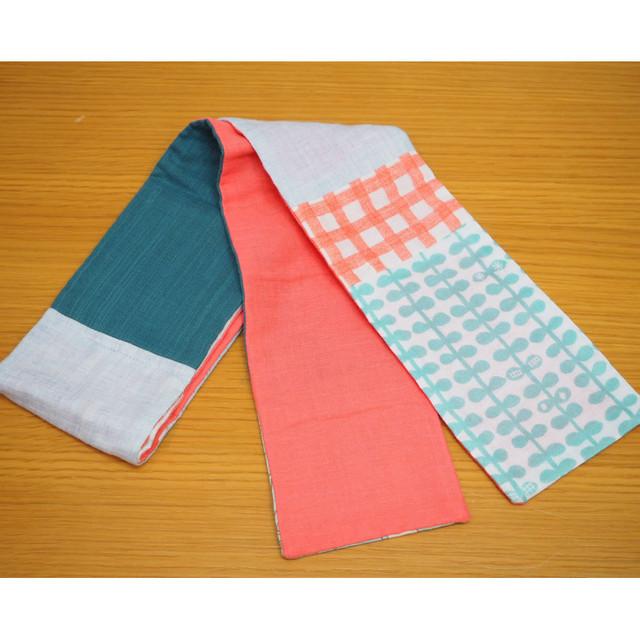 【ほろほろおたまさん】3ポケット ミニマフラー・グリーン×サーモンピンク