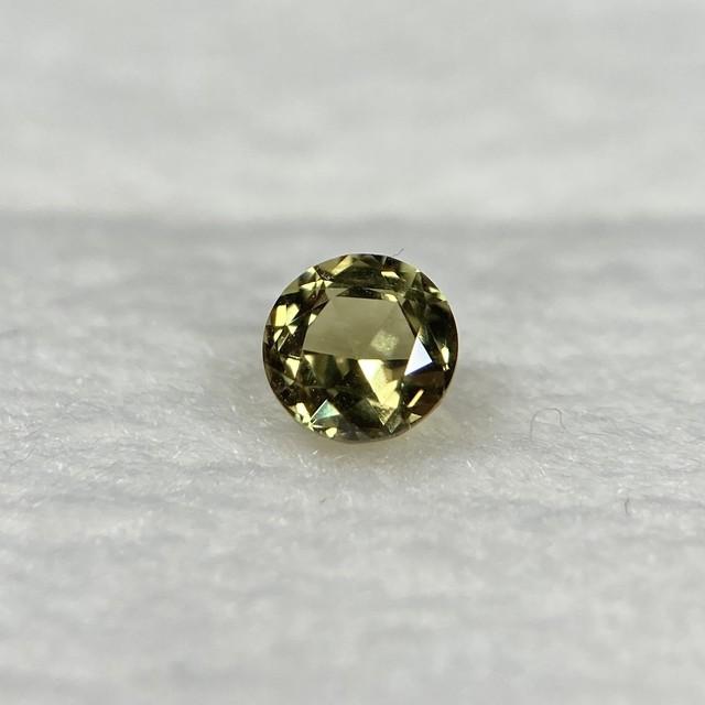 ローズカットサファイア  約3.4mm*2.1mm r-0285