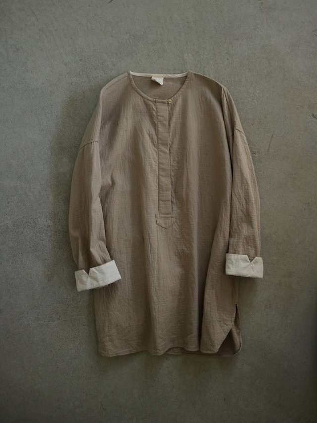 wing over blouse