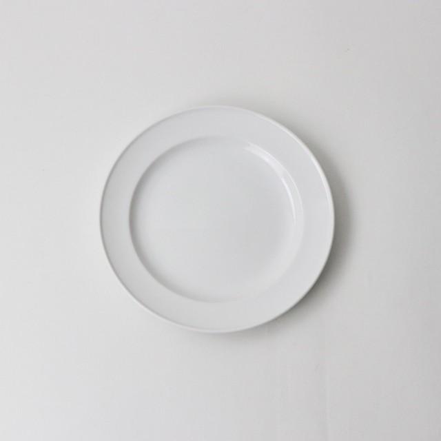 【1601-0000】強化磁器 17cm プレート 白