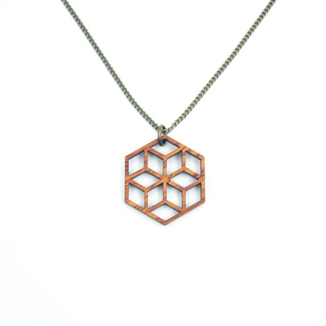 geometric pendant NKN-MH