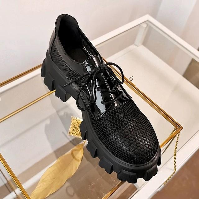 mesh design loafer