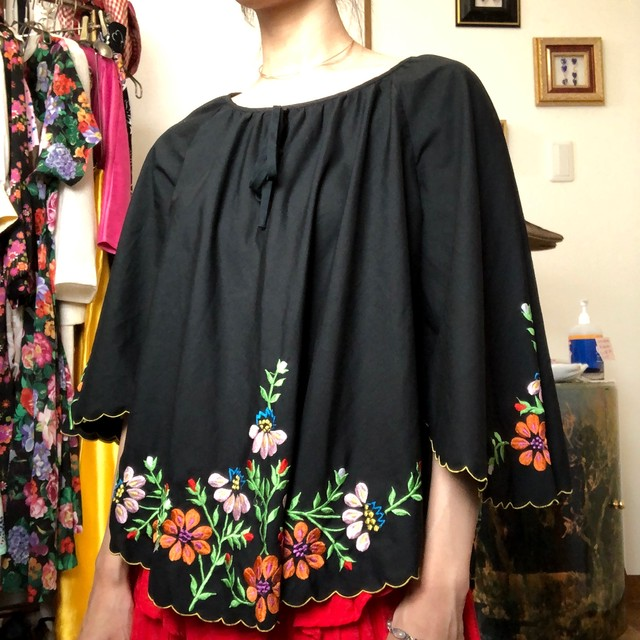 flower butterfly embroidery T shirt