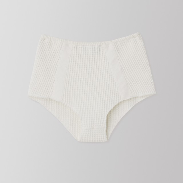 THERMAL HIGH WAIST SHORTS (white) TNH16010-11