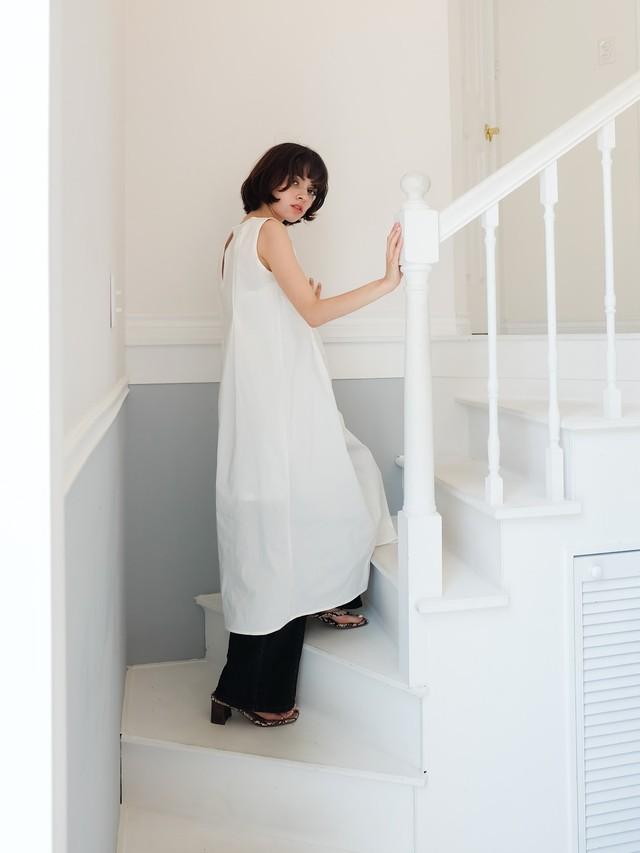 tuck sun-dress(white)