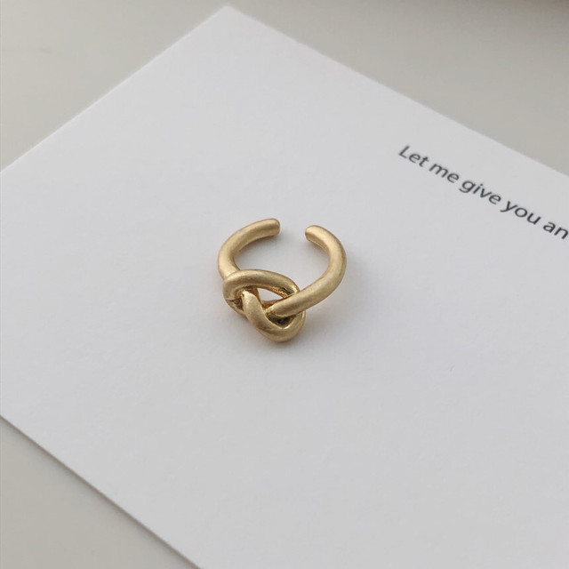 knot ear cuff gold