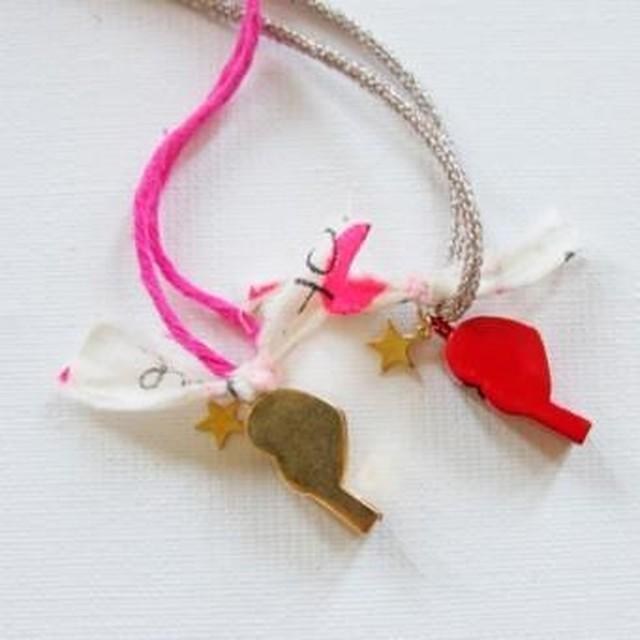 atsuyo et akiko heart whistle necklace