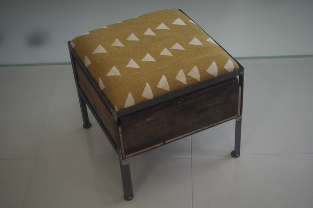 品番UAY1-101  1drawer ottoman[narrow/African yellow]