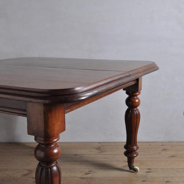 Dining Extension Table / ダイニング エクステンション テーブル 〈伸張式・店舗什器〉
