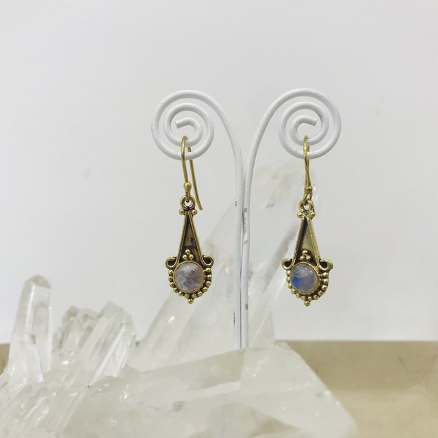 Design stone earings